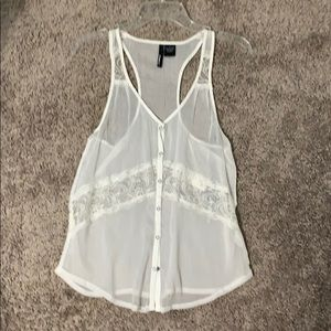 O'Neill size small top
